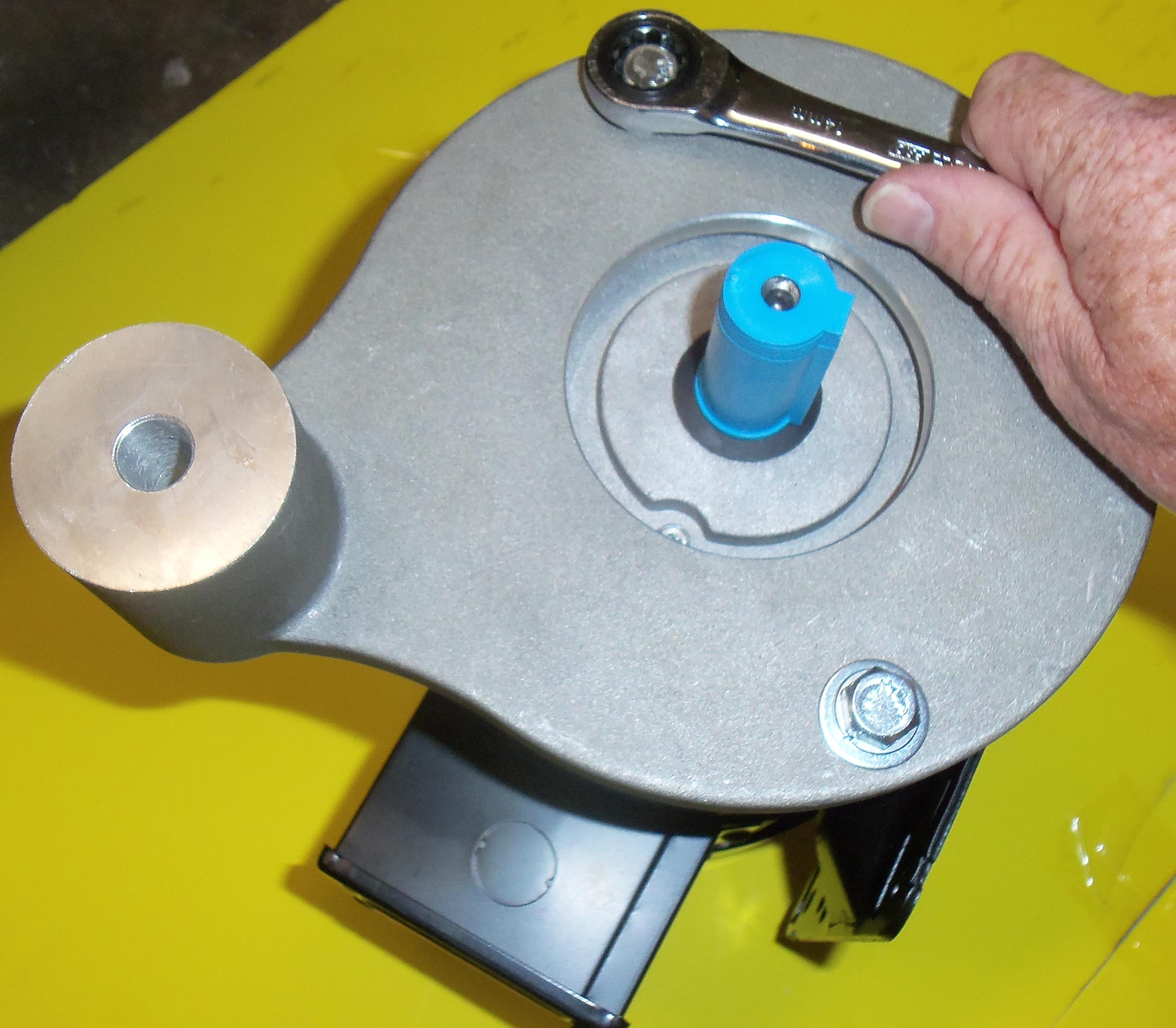 Tighten motor bolts